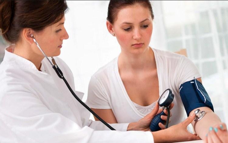 Причины и симптомы пониженного давления у женщин