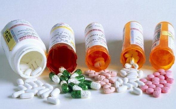 Взаимодействие нескольких препаратов