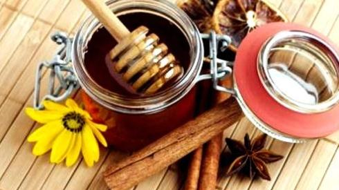 Мед и корица поможет повысить давление