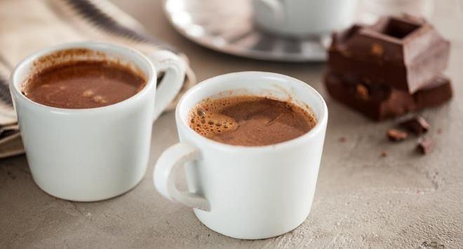 Горячий шоколад повышает давление у подростков