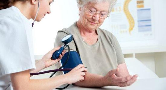 Симптомы повышенного давления у женщин и мужчин