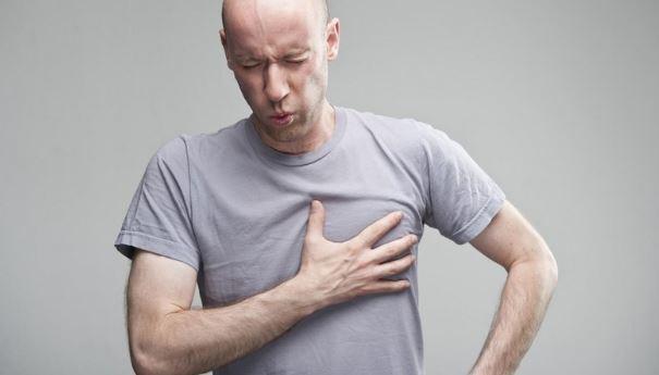 Боли в левой части груди